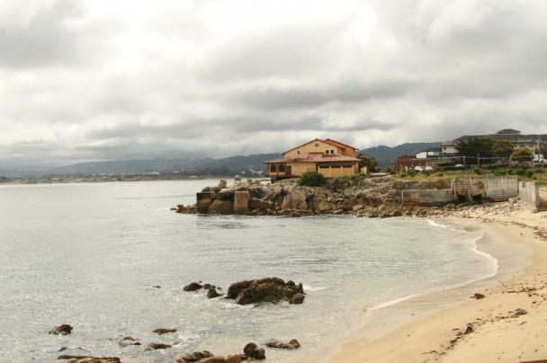 Vista para o mar de um dos restaurantes