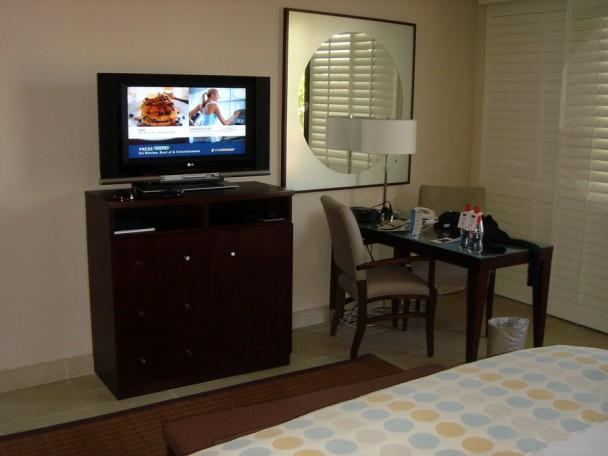 TV e mesa