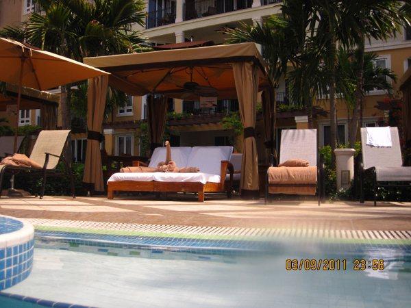 Cabanas na piscina