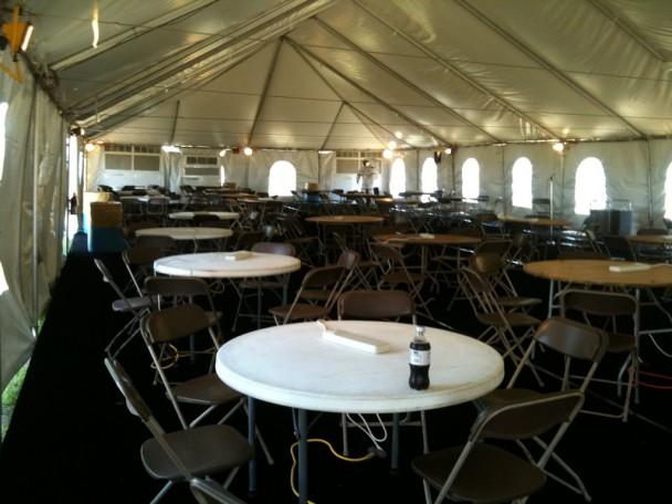 Vista de dentro da tenda