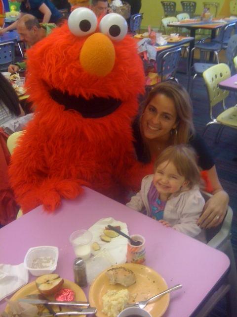 Com o Elmo no Sesame Place