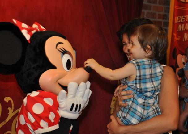 Primeiro contato com a Minnie.