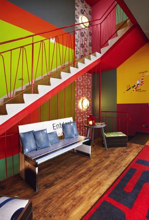 frankfurt 25hours hotel by levi s. Black Bedroom Furniture Sets. Home Design Ideas
