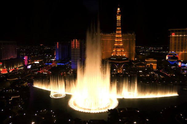 Bellagio_fountains_6