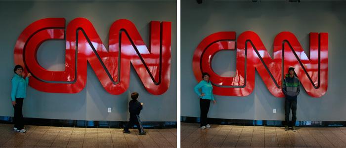 A familia posando na CNN