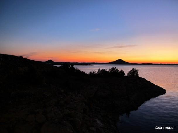 Amanhecer-no-Lago-Nasser-a-primeira-paisagem-que-vi-no-ano-de-2012