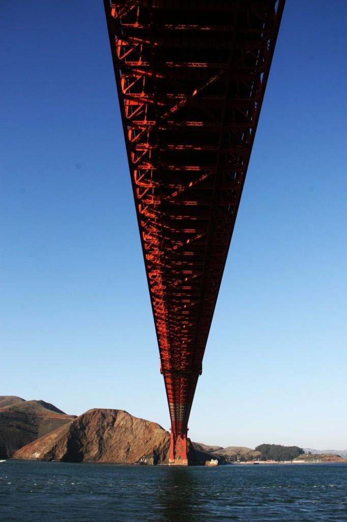 Uma vista inusitada.. embaixo da ponte
