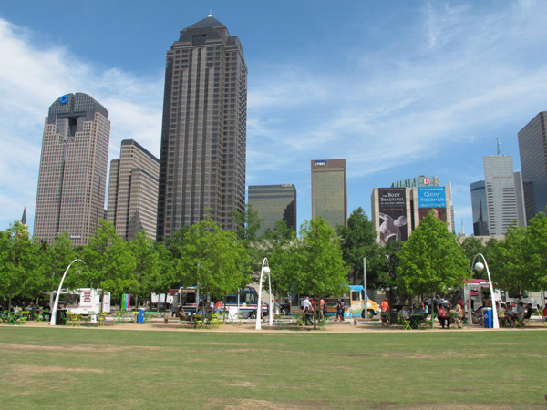 Vista do Klyde Warren Park