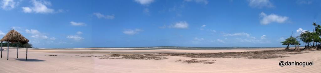 Praia de Barra Velha -  o mar