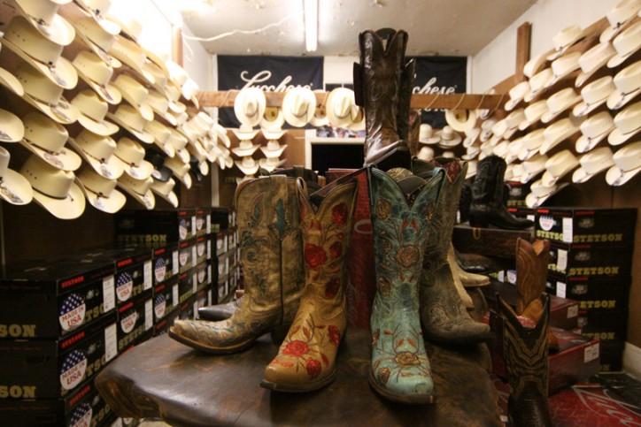 Botas e sapatos de cowboy autênticos na Paris Hatters