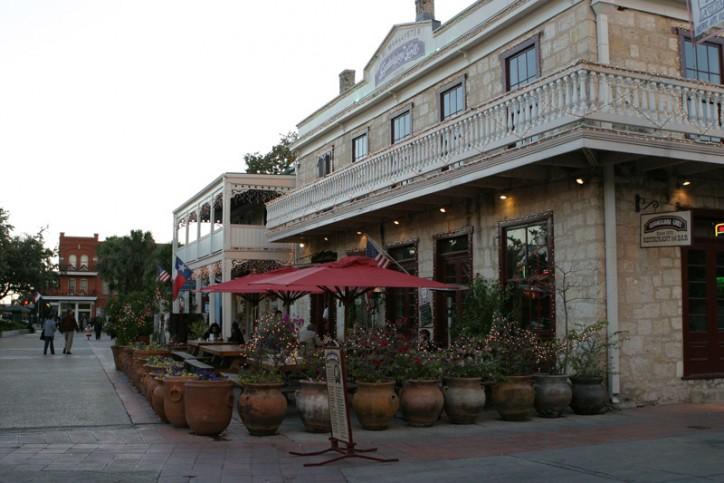 La villita, área histórica com galerias de arte e lojas