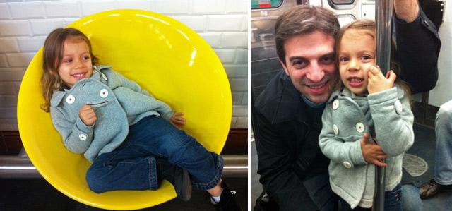 Julia adorou andar no metrô em Paris