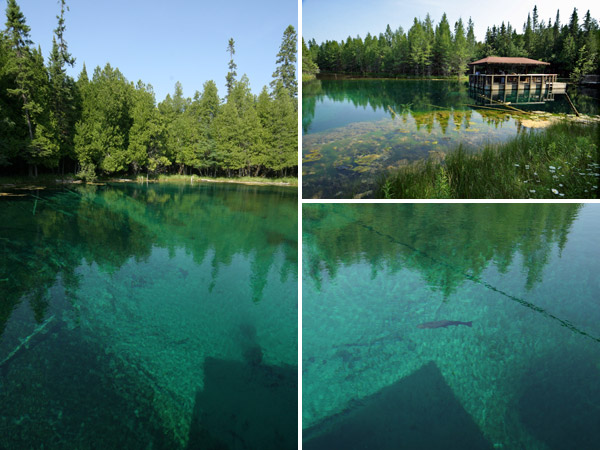 A nascente Kitch-iti-kipi, na Upper Peninsula de Michigan, impressiona com a cor da água