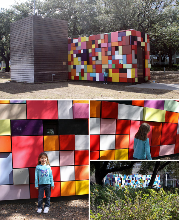 As instalações de arte Synchronicity of Color no Discovery Green em Houston