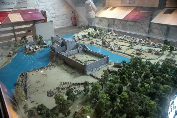 Maquete do Castelo de Cahir (Cedida por Raphinadas Blog)