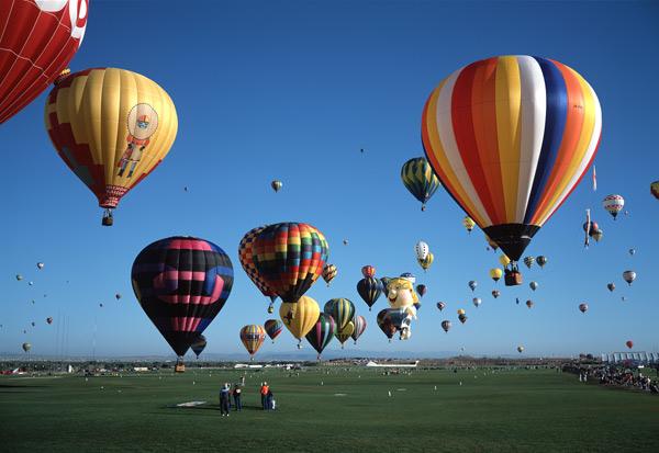 O festival de balões em Albuquerque, Novo México. Foto: Ron Behrmann