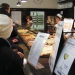 Viena: experimentando o brötchen do Trześniewski