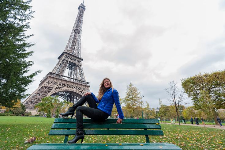 Claudia em Paris