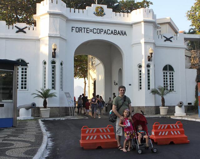 Visitando o Forte de Copacabana
