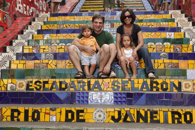 Outra foto de família na Escadaria Selarón