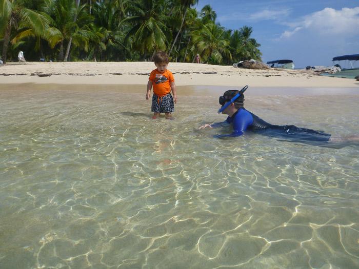 Mar perfeito na ilha Arridup