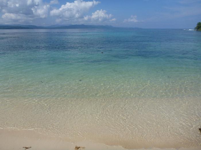 Ilha Iguana (Diadup): 50 tons de azul e verde