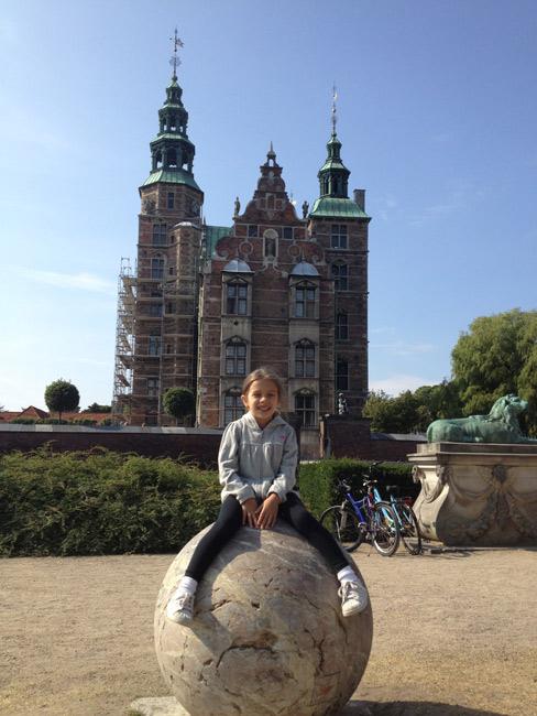 Julia e o Castelo de Rosenborg, Copenhague