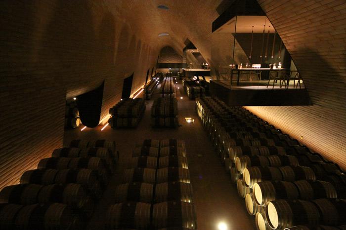 A moderníssima vinícola Antinori nel Chianti Classico