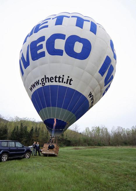 Balão quase pronto pra subir