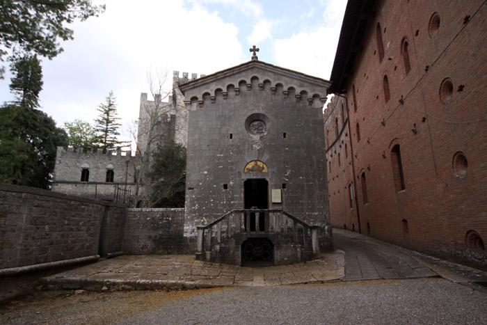 A Capela do Castelo, que tem a cripta da família Ricasoli