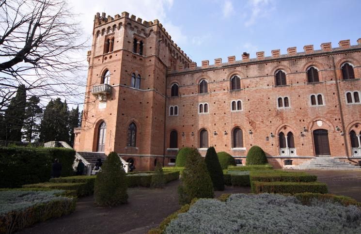 Itália: uma vinícola com um Castelo na Toscana – Barone Ricasoli