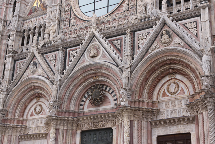 catedraldesienadetalhe