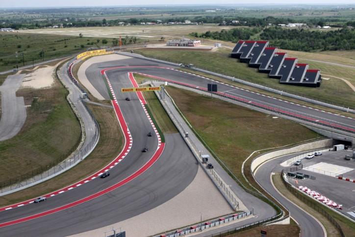 A curva 1 do Circuito das Américas vista da torre