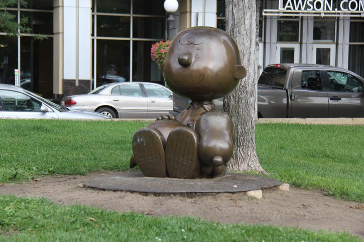 A Turma do Charlie Brown e Snoopy em St Paul, Minnesota