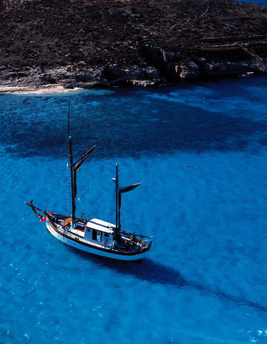 Malta Lagoa Azul Comino