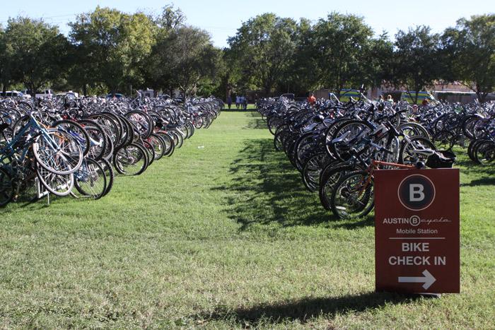 Estacionamento de bicicletas no ACL