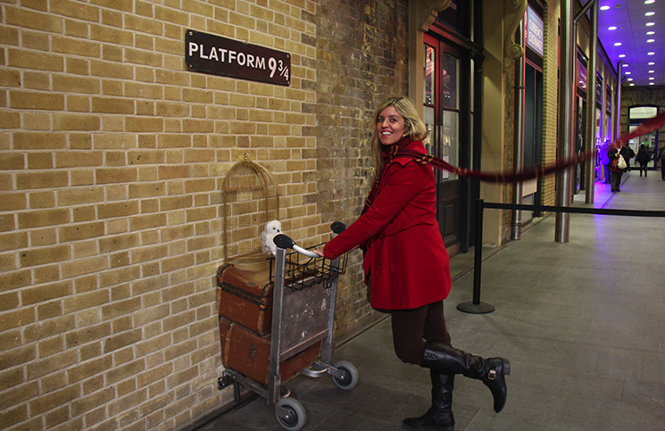 Plataforma 9 3/4 do Harry Potter em King's Cross, Londres -