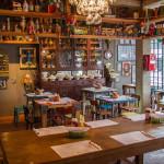 Nico Hamburgueria: hamburguer e decoração nostálgica em SP
