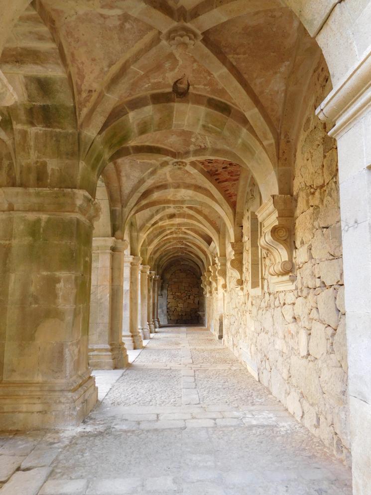 mosteiro-salzedas-6