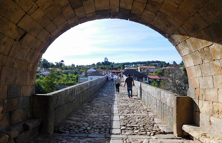 ponte-e-torre-de-ucanha-6