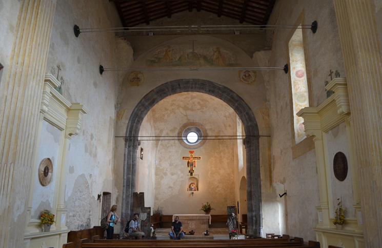 dentro-do-mosteiro-de-san-magno