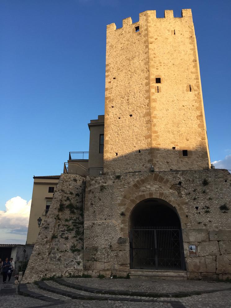 torre-de-castellone