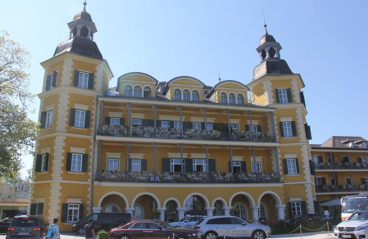 casteloveldenhotel
