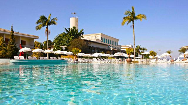 paradise-lake-piscina_2-1