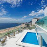 Vista do hotel, praia de copacabana. Piscina do deck