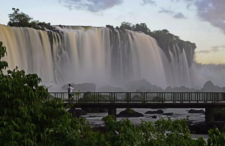 Passaporte 3 Maravilhas : Cataratas do Iguaçu, Marco das Três Fronteiras e Itaipu -