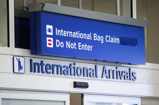 Estados Unidos proibem entrada de viajantes do Brasil -